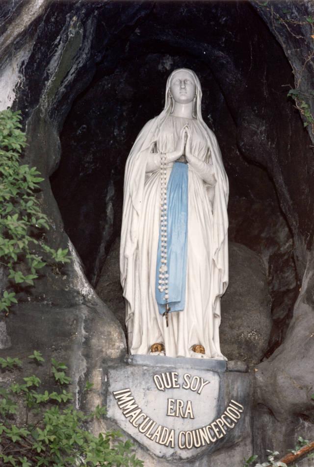 photo-1-grotto-of-the-apparitions-vierge-grotte-des-apparitions-ot-lourdes-studio-gp-photo-fileminimizer
