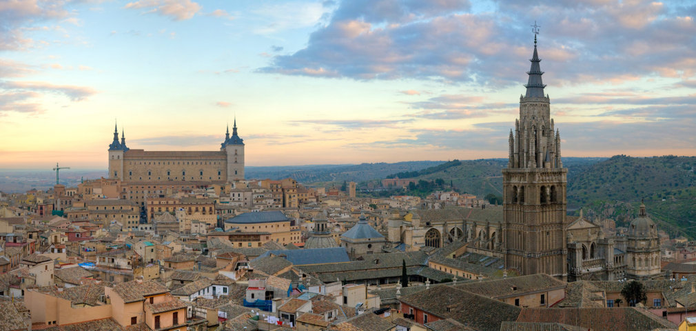 photo-1-toledo_skyline_panorama_spain_-_dec_2006-fileminimizer