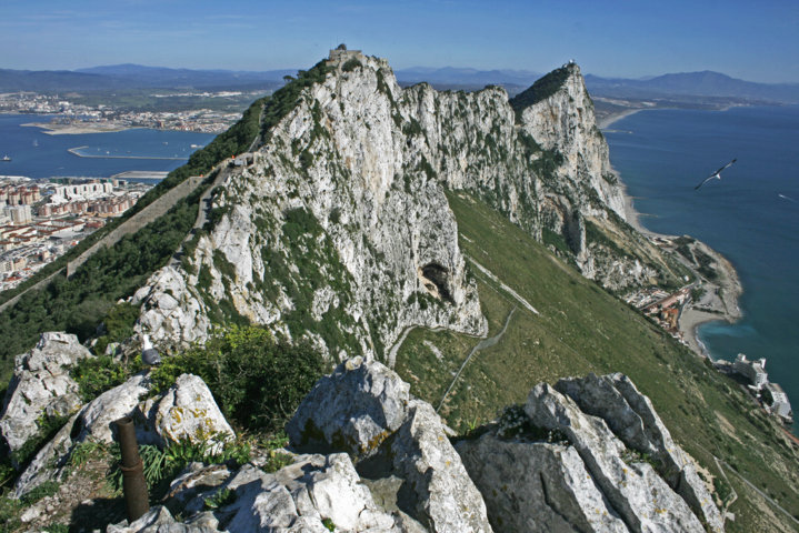 photo-1-view_of_the_rock_of_gibraltar_from_its_south_tip-fileminimizer