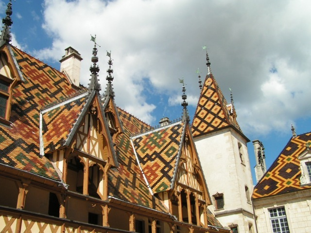 photo-1ov-beaune-hotel-dieu-fileminimizer