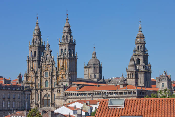 photo-2-2010-catedral_de_santiago_de_compostela-galicia_spain_3-fileminimizer