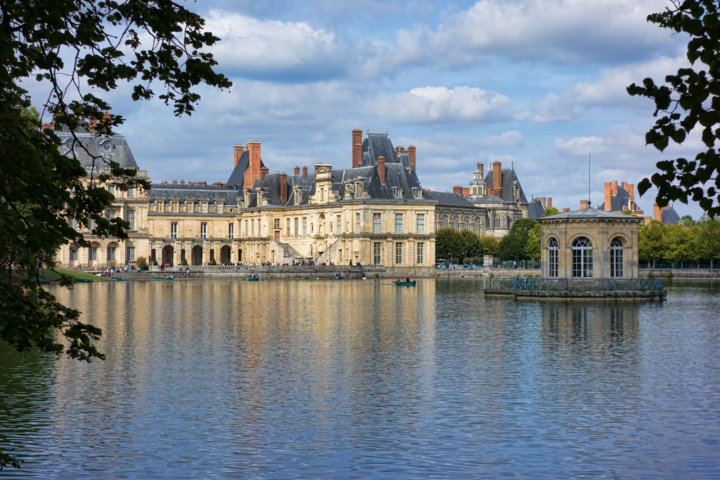 photo-2-fontainebleau_-_chateau_-_etang_aux_carpes-fileminimizer