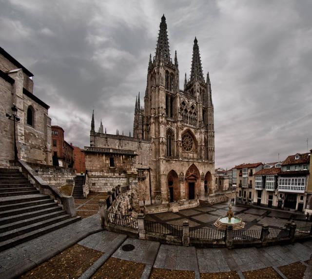 photo-3-catedral_de_burgos_2-fileminimizer