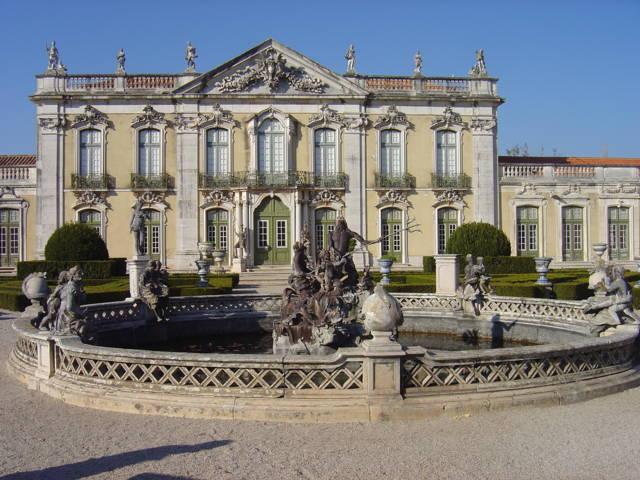 photo-3-queluz_palace_facade_and_triton_fountain-fileminimizer