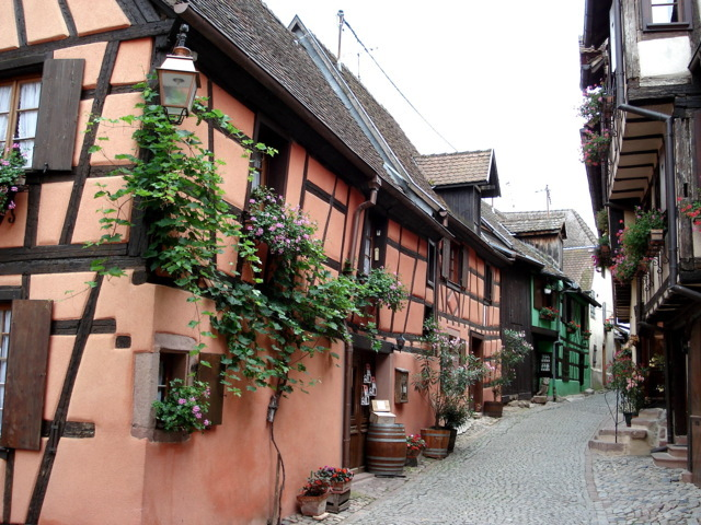 photo-3-riquewihr_rue_des_remparts-fileminimizer