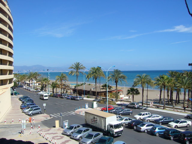 photo-3-torremolinos_waterfront-fileminimizer