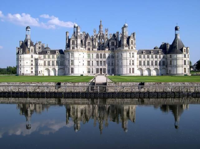 PHOTO 1. France_Loir-et-Cher_Chambord_Chateau_03 (FILEminimizer)