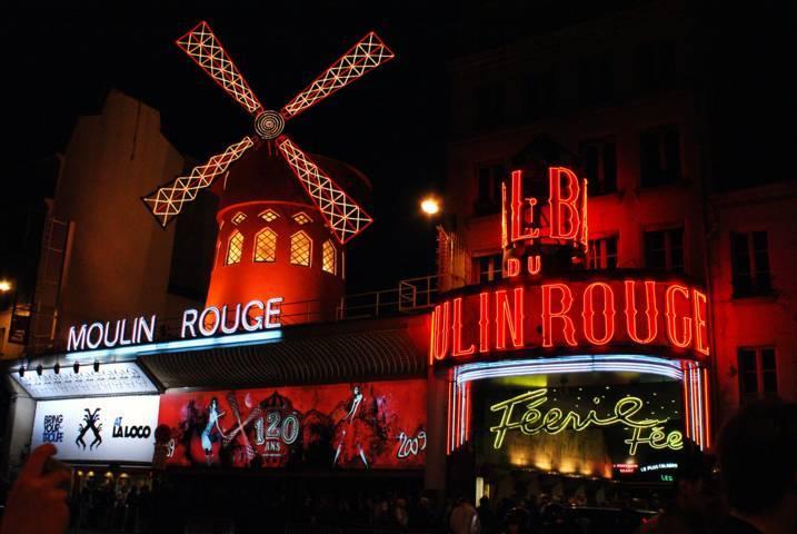 PHOTO 3. Moulin-Rouge01 (FILEminimizer)